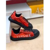 Versace Casual Shoes For Men #548336