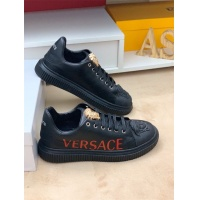 Versace Casual Shoes For Men #548337