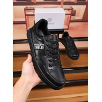 Versace Casual Shoes For Men #548591