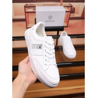 Versace Casual Shoes For Men #548592