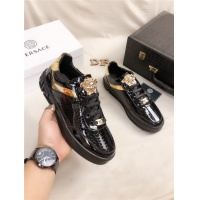 Versace Casual Shoes For Men #548682