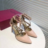 Valentino High-Heeled Shoes For Women #549655