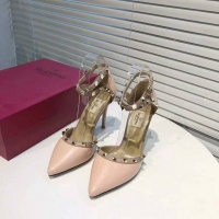 Valentino High-Heeled Shoes For Women #549662