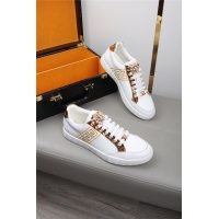 Versace Casual Shoes For Men #552780