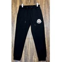 Moncler Pants For Men #553134