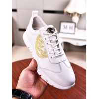 Versace Casual Shoes For Men #555402