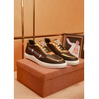 Versace Casual Shoes For Men #556138