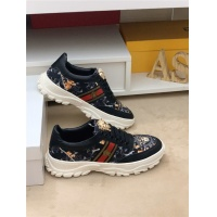 Versace Casual Shoes For Men #557520