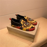 Versace Casual Shoes For Men #558780