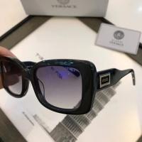 Versace AAA Quality Sunglasses #559550