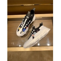 Versace Casual Shoes For Men #560805