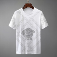 Versace T-Shirts For Unisex Short Sleeved O-Neck For Unisex #561904