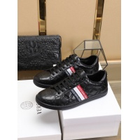 Versace Casual Shoes For Men #755795