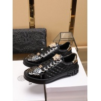 Versace Casual Shoes For Men #755811
