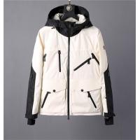 Moncler Jackets Long Sleeved Zipper For Men #756942