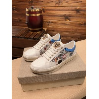 Versace Casual Shoes For Men #758730