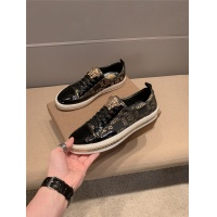 Versace Casual Shoes For Men #760330