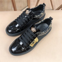 Versace Casual Shoes For Men #761916