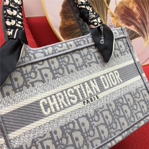 Cheap Christian Dior AAA Quality Handbags #770172 Replica Wholesale [$66.93 USD] [W#770172] on Replica Christian Dior AAA Handbags