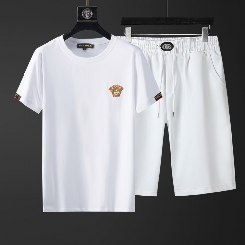 Cheap Versace Tracksuits Short Sleeved O-Neck For Men #770404 Replica Wholesale [$46.56 USD] [W#770404] on Replica Versace Tracksuits