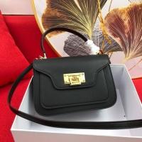 Michael Kors AAA Quality Messenger Bags For Women #765407