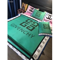 Givenchy Bedding #770957