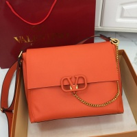 Valentino AAA Quality Messenger Bags For Women #774515