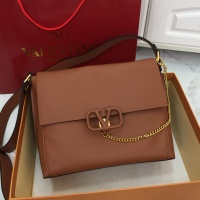 Valentino AAA Quality Messenger Bags For Women #774519
