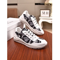 Versace Casual Shoes For Men #776804