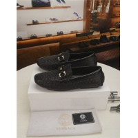 Versace Casual Shoes For Men #777164