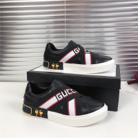 Versace Casual Shoes For Men #787401
