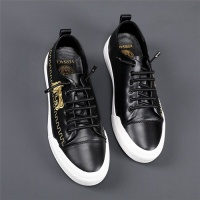 Versace Casual Shoes For Men #788597