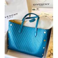 Givenchy AAA Quality Handbags #790377