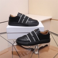 Givenchy Casual Shoes For Men #798002