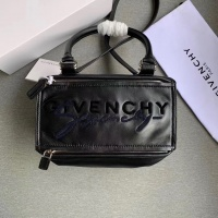 Givenchy AAA Quality Messenger Bags For Women #802851