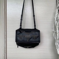 Givenchy AAA Quality Messenger Bags For Women #802865