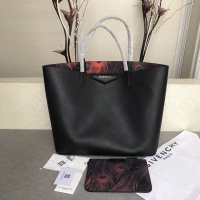 Givenchy AAA Quality Handbags For Women #806875