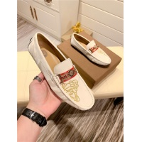 Versace Casual Shoes For Men #808618