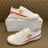 Versace Casual Shoes For Men #810926