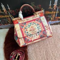 Dolce & Gabbana D&G AAA Quality Messenger Bags For Women #813821