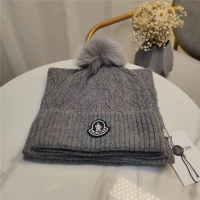 Moncler Scarf & Hat Set #813981