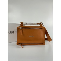 Givenchy AAA Quality Messenger Bags #815546