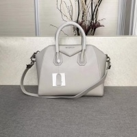 Givenchy AAA Quality Messenger Bags #815557