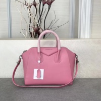 Givenchy AAA Quality Messenger Bags #815561