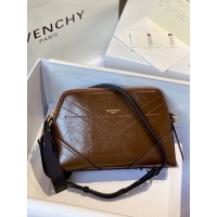Givenchy AAA Quality Messenger Bags For Women #820567
