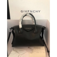 Givenchy AAA Quality Handbags For Women #820595