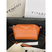Givenchy AAA Quality Messenger Bags For Women #820611