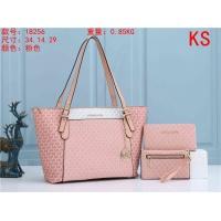 Michael Kors Handbags For Women #820835