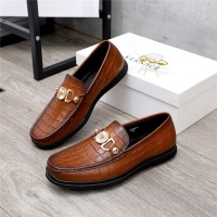 Versace Casual Shoes For Men #821052