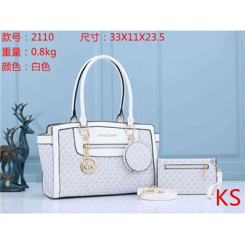 Michael Kors Fashion Handbags For Women #829374